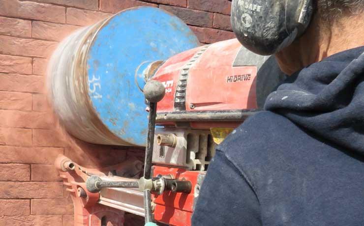 Werken als betonboorder bij Stenabo? Zo ziet je dag eruit!